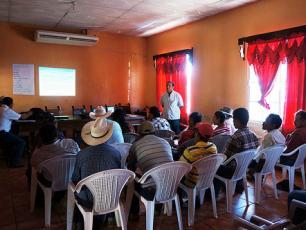 Representantes de las Juntas de Agua durante la formulación de la política de agua, Municipio de Florida, Copán.